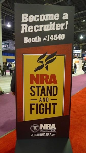 """Det er """"litt"""" motstand til nye våpenlover i USA"""