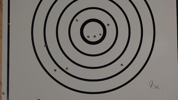 Serie 2 = 351mm Hvor 1 sk sitter helt i kanten og ga meg tillegg på 125mm