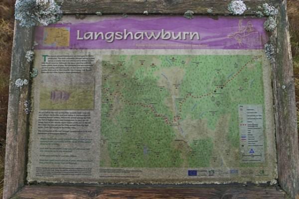 Langshawburn, nedlagt gård og et knutepunkt for jakta