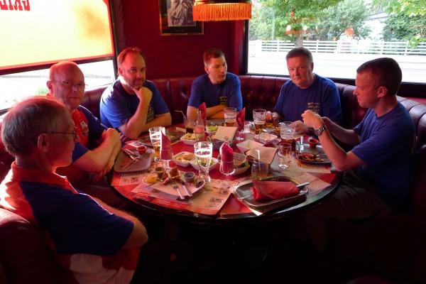 Fredag kveld fikk vi besøk av Robban, Jonas, Bosse og Tobias for felles middag. Takk for hyggelig selskap!