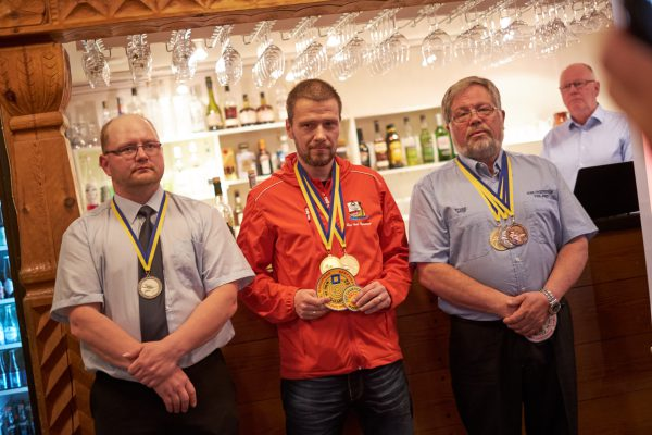 Roy Arne med gull på HV100.