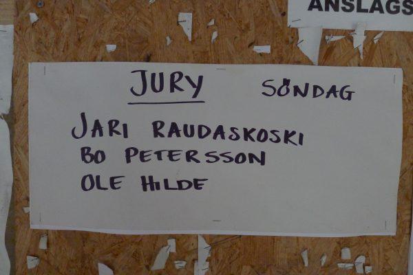 Ny dag, nye muligheter. Søndag var det HV200. I nordisk så er det en mann/dame fra hvert land som er i jury om noe skulle oppstå!